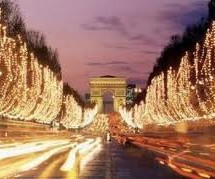 FLY TO PARIS FOR CHRISTMAS MARKETS – DIRECTLY FLY FROM CAGLIARI FOR 100 € DOUBLE TRIP