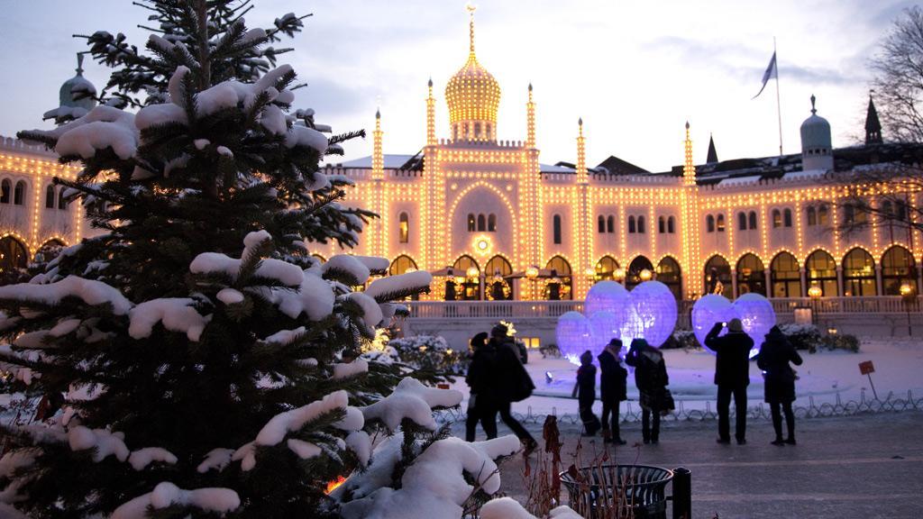 christmas-tivoli-snow