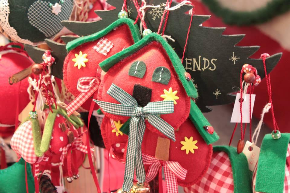 Lavoretti Di Cucito Per Natale.Mercatino Di Natale Sassari 29 Novembre 24 Dicembre
