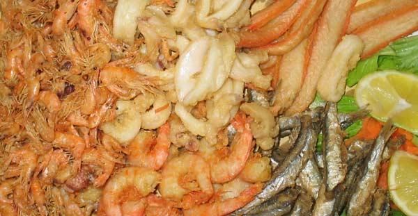 Il brunch del t hotel i pesci di stagno muggine e for Pesci stagno