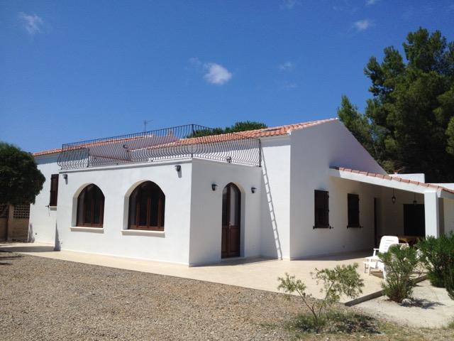 Latest villa a metri dal mare spiaggia del giunco with casa del giunco - Casa del giunco firenze ...