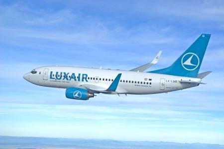 LuxAir 737-700
