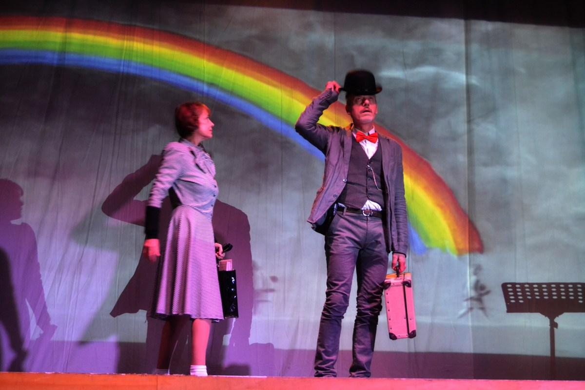 I-giorni-della-Memoria-Abaco-Teatro-ROS-e-TIZ-bombetta