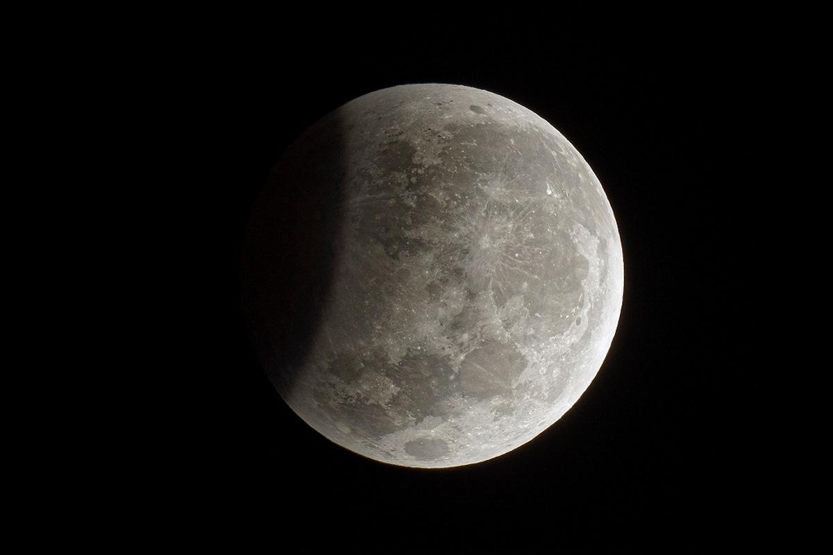 luna_eclissi-16lu19-c
